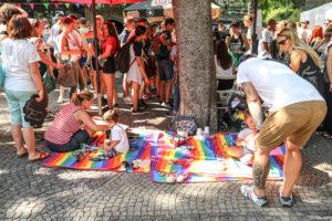 Čo liberálne média o LGBT Pride neukazujú ?
