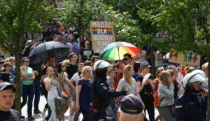 Propagandisti LGBT sú šokovaní. Neočakávali masové protesty v Białystoku
