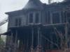 Neznámy muž podpálil v New Yorku satanistický dom