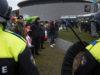 Európania opäť protestovali proti korona-opatreniam. Proti nim bola polícia, ale aj uvedomelí občania