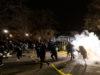 Demonštrácie vMinneapolise po smrti černocha prerástli do násilia. Mesto zaviedlo zákaz vychádzania